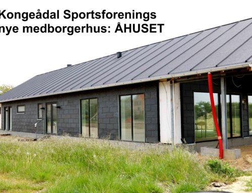 Åhuset i Kongeådal har fået flot listedækket tagpap – indvendig er man snart klar til køkken, fibernet og Arkivet